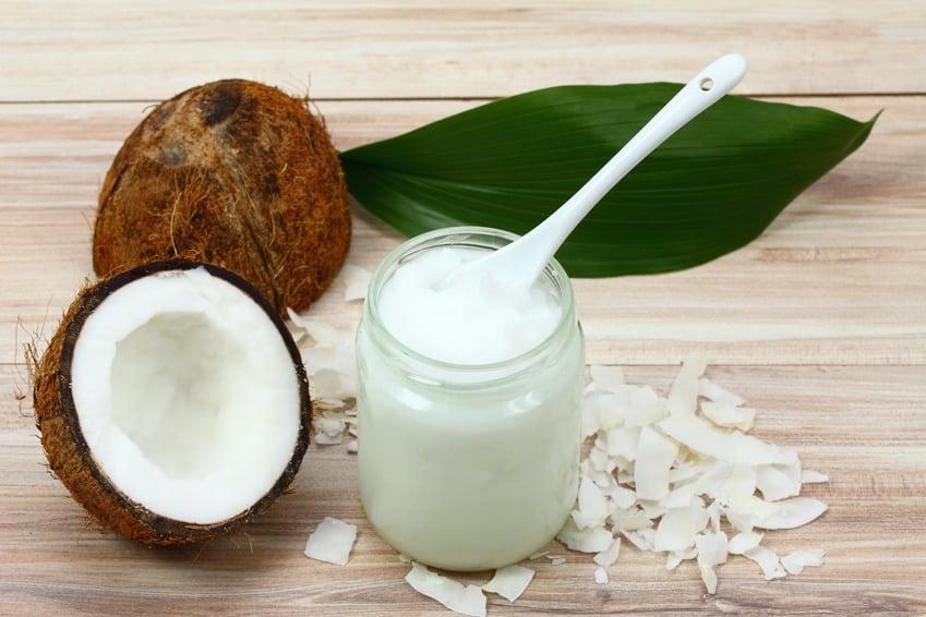 Bild / Foto: Kokosöl gegen Bandwürmer bei Katzen